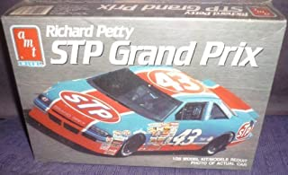 Richard Petty's STP Pontiac Grand Prix Model Car Kit 1990 by AMI