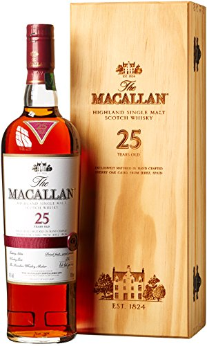 Macallan 25 Years Old Triple Cask in Holzkiste (1 x 0.7 l)
