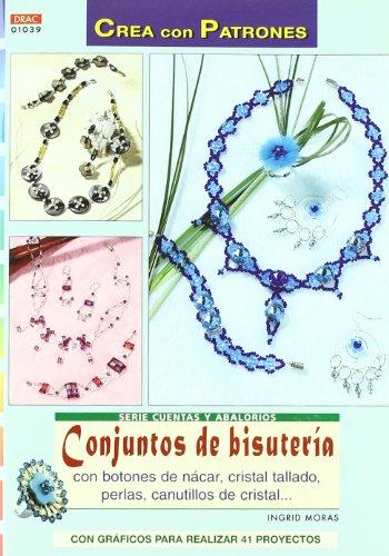 Conjunto de bisuteria con botones de nacar, cristal tallado, perlas,