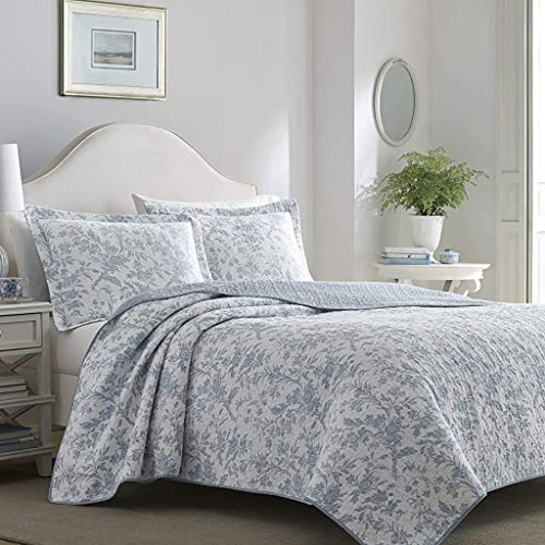 Laura Ashley Home Amberley Chic | Quilt Set-Ultra Soft All Season Bedding, Reversible Stylish Bedspread with Matching Sham(s), King, Spa Blue
