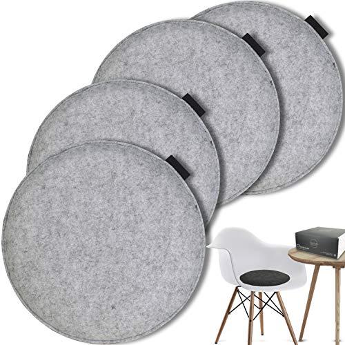 MAHEWA® Sitzkissen rund aus Filz Ø 35cm - 4er Set Waschbare Stuhlkissen passend für Retro Eames Stühle - Stuhl Sitzpolster Sitzauflage (Hellgrau/Anthrazit - schwarzes Emblem, 4er Set rund)
