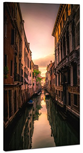 Topquadro XXL Wandbild, Leinwandbild 100x50cm, Enge Gasse bei Sonnenuntergang in Venedig - Abenddämmerung und Brücken - Panoramabild Keilrahmenbild, Bild auf Leinwand - Einteilig