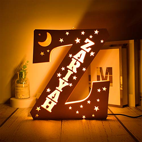 Decoración personalizada de luna y estrellas grabada Luz de noche de madera LED Luces de letras A-Z Nombre personalizado Luz de pared para dormitorio El mejor regalo para los amantes de la familia