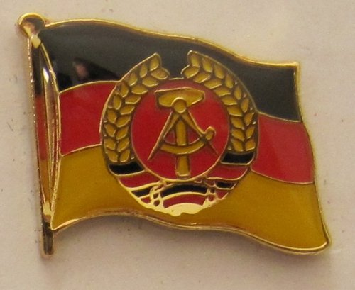 Pin Anstecker Flagge Fahne DDR Nationalflagge Flaggenpin Badge Button Flaggen Clip Anstecknadel