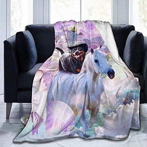 Super weiche warme und bequeme Vierjahreszeiten-Decke Flanell-Fleece-Überwurfdecke Cowboy Rottweiler-Hund Reiten geeignet für Sofa Bett Decke Wohnzimmer Schlafzimmer 152,4 × 127 cm