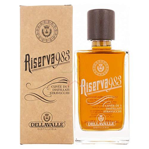 Dellavalle Grappa Riserva 983 42% - 700 ml in Giftbox