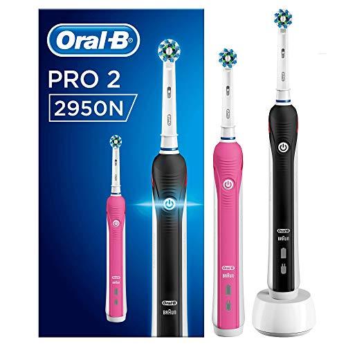 Oral-B PRO 22950N CrossAction Spazzolino Elettrico Ricaricabile con 2 Manici Connessi, di cui 1 Rosa e 1 Nero, 2 Testine di Ricambio e 2 Modalità, tra cui Protezione Gengive