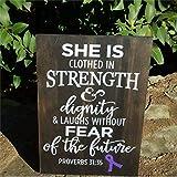 She Is Clothed in Strenth And Dignity Cáncer de mama Cáncer de tiroides Conciencia de Alzheimer Cervical Cancer Stroke Survivor Leucemia Placa de madera Decoración para el hogar xt102
