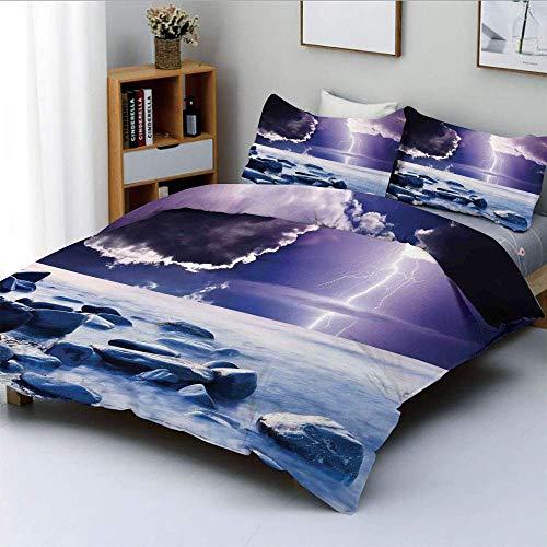 Qoqon Bettbezug-Set, dunkle, ominöse Regenwolken mit mystischer Himmelslandschaft mit elektrischem Blitz PhotoDecorative 3-teiliges Bettwäscheset mit 2 Kissenbezügen, blau-lila, Kinder
