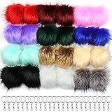 Hysagtek - 24 pompones de piel sintética con lazo elástico y 24 llaveros con anillas para tejer sombreros de ganchillo, bufandas, guantes, llaveros, bolsos
