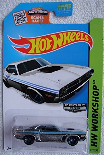HOT WHEELS HW WORKSHOP ZAMAC 2015 SHOWDOWN SCAN & RACE! '71 DODGE CHALLENGER 227/250 by Hot Wheels
