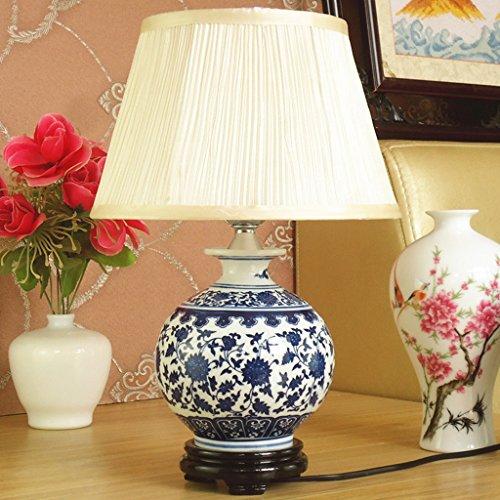 Moderne chinesische Nachttischlampe Keramik Tischlampe Jingdezhen handbemalte blaue und weiße Porzellan Wohnzimmer Studie Lampe