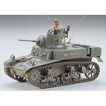 Military Miniatures - Stuart U.S. Light Tank M3 - 1/35 Scale Model Kit