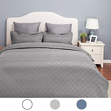 Bedsure King Duvet Cover Set Grey with Zipper Closure-Hotel Luxury Diamond Pattern, Bedding Set(104 x90 ) 3 Piece (1 Duvet Cover + 2 Pillow Shams)-Ultra Soft Hypoallergenic Microfiber