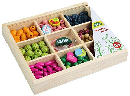 Lena 32012 - Bastelset Holzfädelperlen in Holzkassette, 290 Fädelperlen aus Holz, ca. 2 cm mittelgroß, Holzperlen Set für Kinder ab 3 Jahre, Perlen Set zum selber gestalten von Schmuckketten