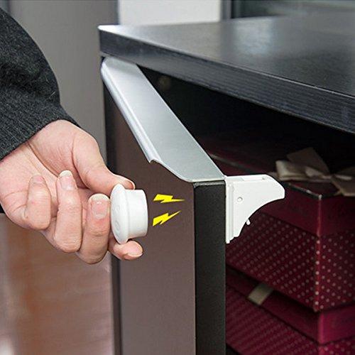 LOMATEE Magnetschloss Kindersicherung Schrankschloss für Kinder - 4 Schlösser + 1 Schlüssel - für Schränke, Schulbladen, Kommoden usw.