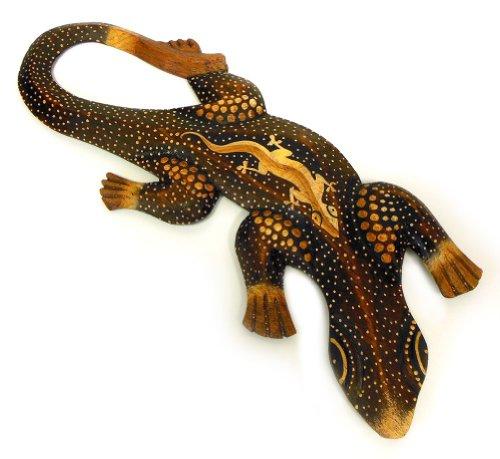 TEMPELWELT Deko Figur Wanddekoration Gecko Manis braun aus Albesia Holz punktbemalt dotpainting, 30cm lang, Holzfigur Wandfigur Echse Kunsthandwerk aus Bali handgefertigt
