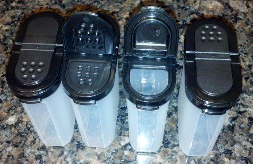Tupperware große Spice Shaker Set von vier. Schwarzen Dichtungen