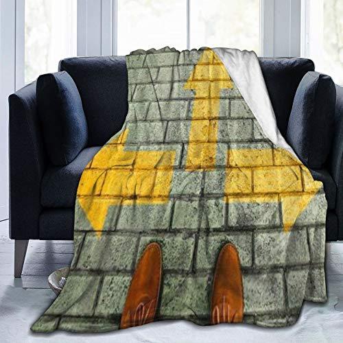 QIUTIANXIU Mantas para Sofás de Franela 150x200cm Zapatos de baldosas de pie con Flechas Amarillas Three Way Go Manta para Cama Extra Suave