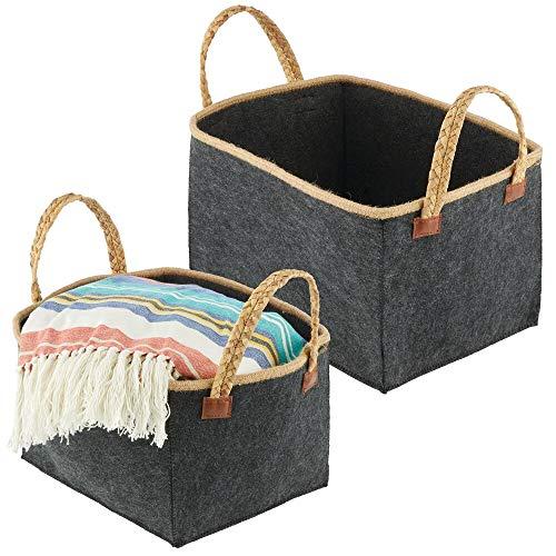 mDesign Juego de 2 cestas de fieltro con asas trenzadas – Organizador de ropa de tela de forma rectangular – Cesta plegable y portátil en dos tamaños – negro