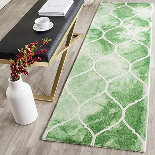 Safavieh Dip Dye Collection DDY685Q Handmade Moroccan Ogee Geometric Watercolor Green and Ivory Wool Runner (2'3' x 6')