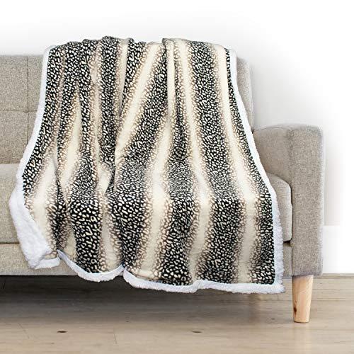 Delindo Lifestyle® Kuscheldecke Dingo, Microfaser Coral-Fleece-Decke in 150x200 cm, flauschig weiche Wohndecke mit Lammfelloptik für Erwachsene und Kinder