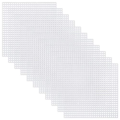Pllieay 30 Pieces 6 Count Plastic Mesh Canvas Sheets for Embroidery, Acrylic Yarn Crafting, Knit and Crochet Projects (10.6 X 10.6cm)
