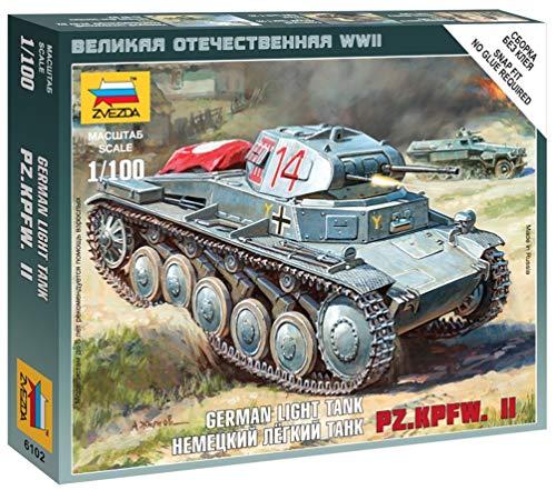 Zvezda Models 1/100 German Panzer II (Snap Kit)