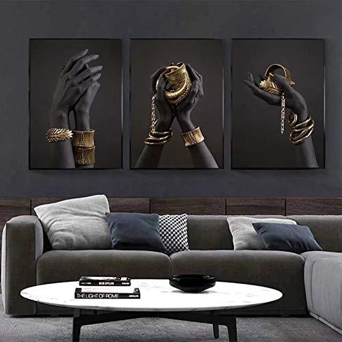 Pintura sobre lienzo Mano negra y dorada con pulsera de oro Carteles de arte africano Impresiones Cuadros de pared para decoración de sala de estar-50x70cmX3 Sin marco
