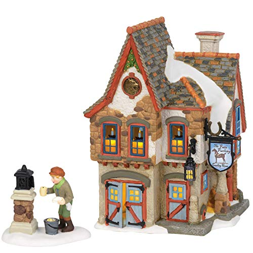 Department 56 Dickens Village Welcoming Christmas Coaching House Lit Building and Accessory, 7.36', Multicolor