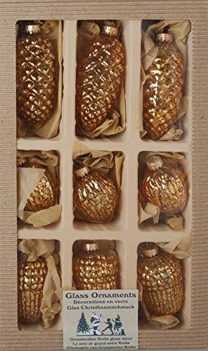 Dekohelden24 Lauschaer Christbaumschmuck - 9er Set, Zapfen - Eicheln - Walnüsse, 8 cm in Gold mit goldenem Krönchen + 50 Schnellaufhänger in Gold GRATIS zu Ihrer Bestellung dazu !