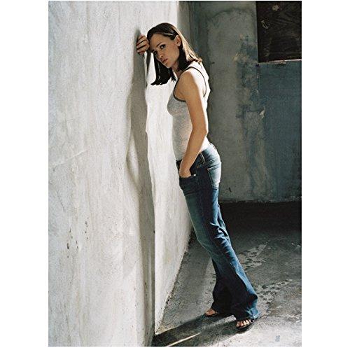 Alias 8x10 Photo Jennifer Garner Grey Tank Top & Jeans Leaning Forearm Against Wall kn