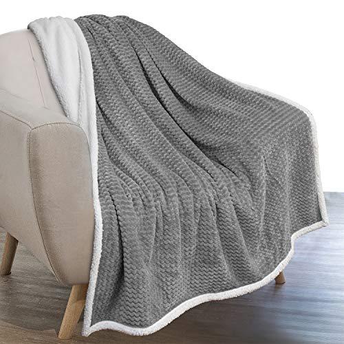 PAVILIA Sherpa Blanket Throw for Couch Sofa | Grey, Super Soft, Plush Chevron Throw Fleece Blanket | Zig Zag Fuzzy Fluffy Decorative Blanket Microfiber, 50x60