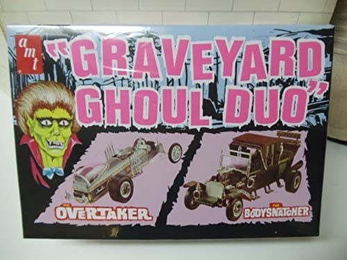 scm019 AMT Größeyard Ghoul Duo The OGrünaker and The Bodysnatcher ,Auto orld Exclusve Molded in schwarz and Metallic Silber 1 25 Scale Plastic model Kit,Needs Assembly by AMT