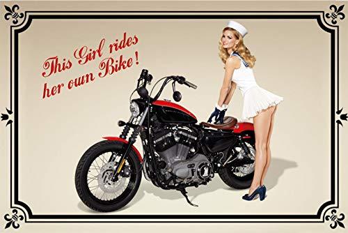 FS motorfiets Pinup This Girl Rides her own Bike metalen bord bordje gebogen metalen teken 20 x 30 cm
