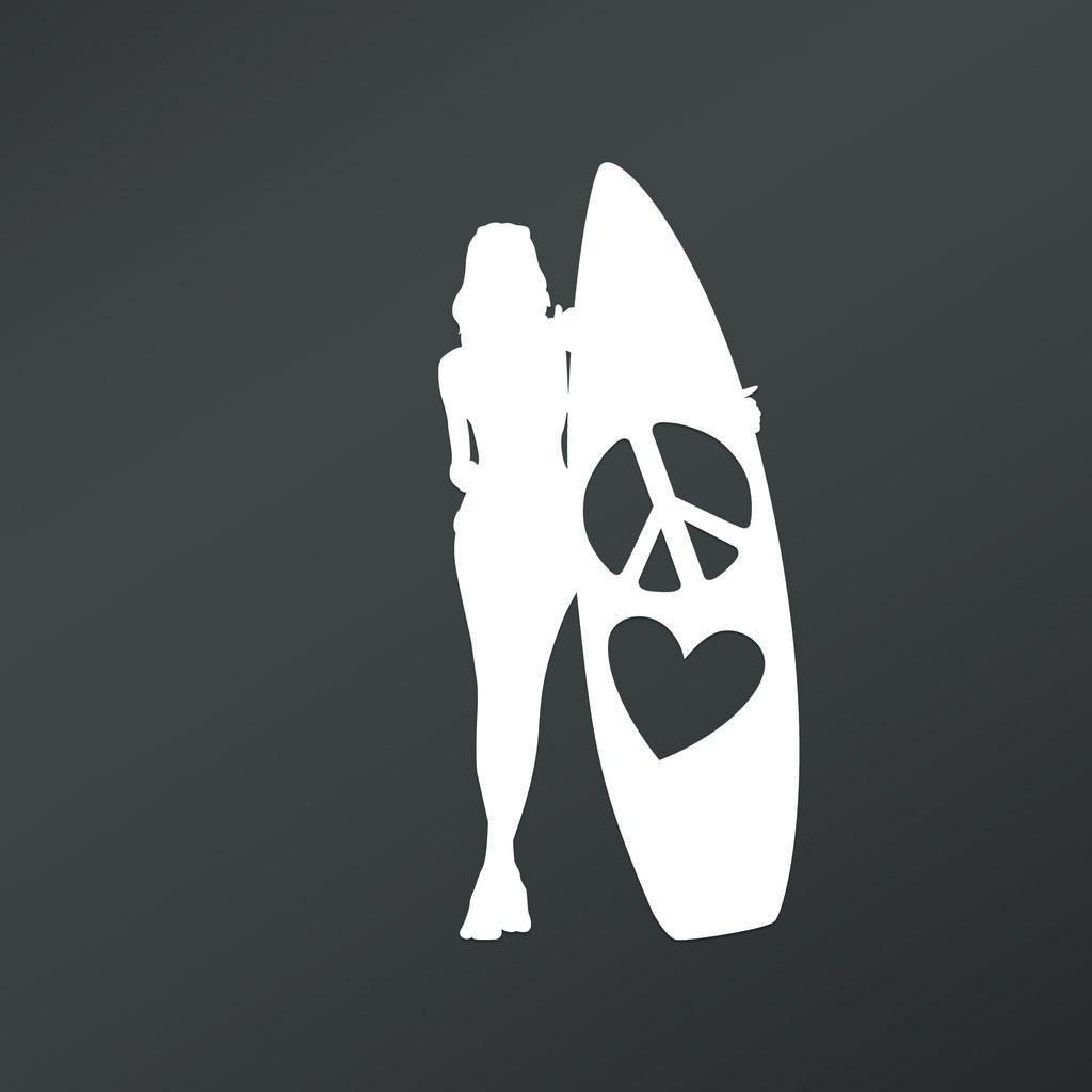 "Peace Love Surfer 女孩乙烯基贴花贴纸""汽车卡车货车墙壁笔记本电脑杯""白色 - 19.05 X 8.89 cm - KCD1680"