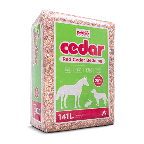 PETSPICK Red Cedar Pet Bedding for Dogs and Horses, 141L
