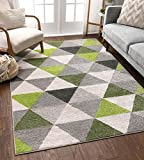 Well Woven Isometry Green & Grey Modern Geometric Triangle Pattern Area Rug Soft Shed Free 5 x 7 (5' x 7') Easy to Clean Stain Resistant