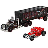 Hot Wheels Super Rigs, Transporter Vehicle with 1 Hot Wheels 1:64 Scale Car, Gift for Collectors & Kids Ages 3 Years Old & Up, Design and Color may vary