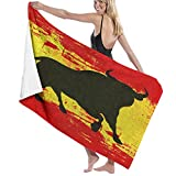AIMILUX Toalla de Playa,Un Toro sobre una Bandera de España Grunged sobre Fondo español,Toallas de Baño Toallas de Acampada Piscina Natación Playa Toallas de Mano Ducha Toallas de Mano