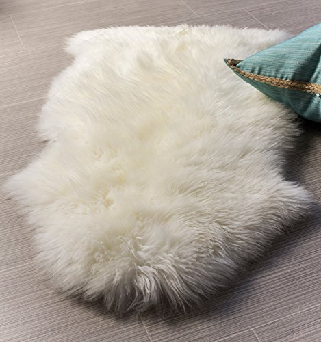 Super Area Rugs Genuine Sheepskin Rug Soft Fur Throw Rug, Natural, Single Pelt