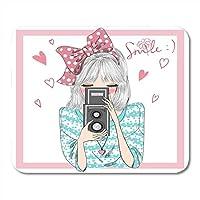 マウスパッドカメラマンピンクの美しさ髪に弓を持つ美しいかわいい女の子手にカメラスケッチ写真マウスマットマウスパッドノートブックデスクトップコンピュータに適したマウスパッド