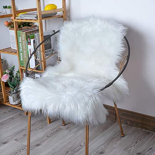 YIHAIC Peau de Mouton synthétique,Cozy Sensation comme véritable Laine Tapis en Fourrure synthétique, Man-Made Luxe Laine Tapis de Canapé Coussin (Blanc, 75 x 120 cm)
