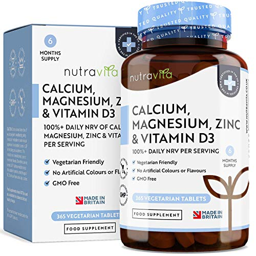 Calcio, Magnesio, Zinc y Vitamina D - 365 Tabletas Vegetarianas (6 Meses) - Suplementos de Calcio para el Mantenimiento de Hueso y Dientes Normales - Hecho en el Reino Unido por Nutravita