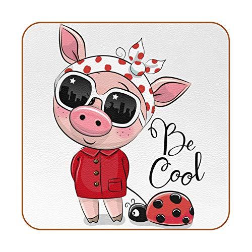 Bennigiry Traje de Cerdo Creativo Chica Cool Pet Ladybug Posavasos de Cuero Taza de café Cuadrada Taza de Vidrio Manteles Individuales Tapetes para Tazas Manteles Individuales 6 PCS