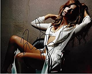 Kate Beckinsale Signed - Autographed Sexy UNDERWORLD Actress 8x10 inch Photo