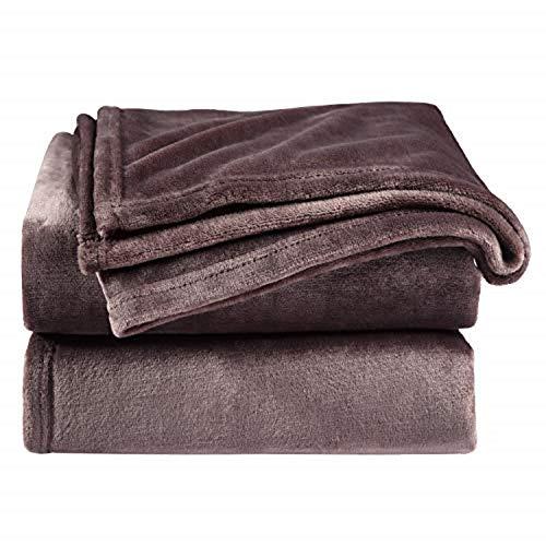 Bedsure Manta para Sofás de Franela 150x200cm - Manta para Cama 90 Reversible de 100% Microfibre Extra Suave - Manta Marrón Chocolate Transpirable