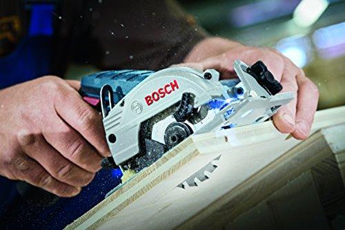 Bosch GKS 12V-26 Professional - Sierra circular a batería, 2 baterías 12 V 2.5 Ah, cargador rápido, adaptador para aspirador, L-BOXX 136 (12 V, velocidad de giro en vacío 1400 rpm)
