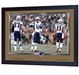 SGH SERVICES Cadre encadré de Tom Brady Rob Gronkowski Julian Edelman New England Patriots Broncos NFL avec autographe du Football américain NFL