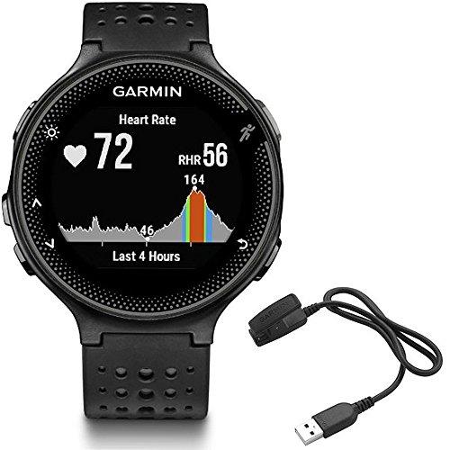 Relógio esportivo Garmin Forerunner 235 com monitor de frequência cardíaca e clipe de carregamento, Preto